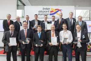 Haben den Innovation Award auf der inter airport Europe gewonnen: Vanderlande, Topsystem, PaxLift, Zodiac Aerospace und Dedienne | Foto: Mack Brooks