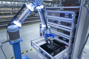 "Logistikroboter ""PickBot"" der BMW Group Logistik. (Foto: BMW Group)"